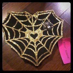 Betsey johnson spider web heart purse new